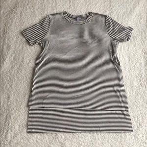 Hi-lo hem striped shirt